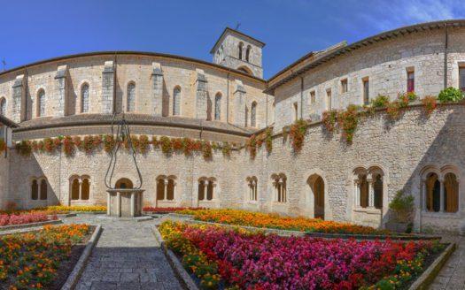 abbazia-casamari-chiostro