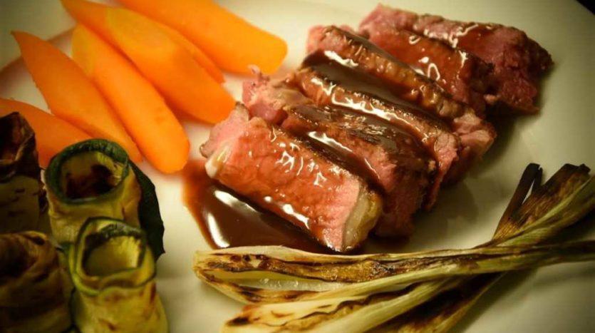 Salsa per accompagnare piatti a base di carni rosse come brasati o arrosti e sformati di verdure